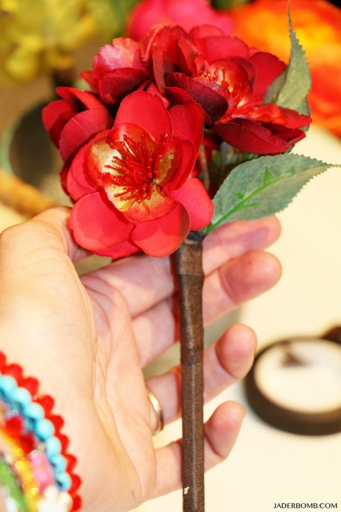 DIY Flower Pen Gift How to from #MichaelsMakers Jaderbomb
