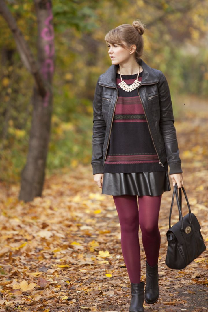 Keep warm and fashionable by pairing your favorite fit a flare skirt with a pair of nylons and a cute ankle boot!  #winterskirts #nylonsdoneright