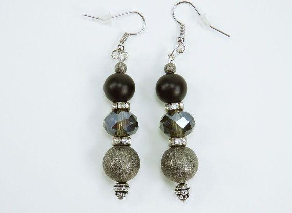 Ohrringe schwarz silber mit Perlen an von ArtJewelryFun auf Etsy