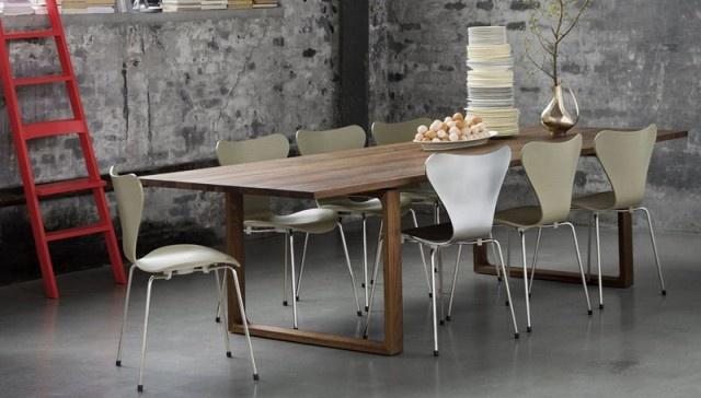 Designcraft: Fritz Hansen,Essay Table