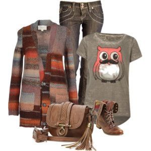long uo sweater, graphic shirt, jeans, frye booties/ankle booties