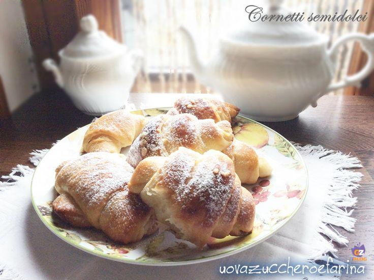 Cornetti semidolci ricetta sorelle Simili