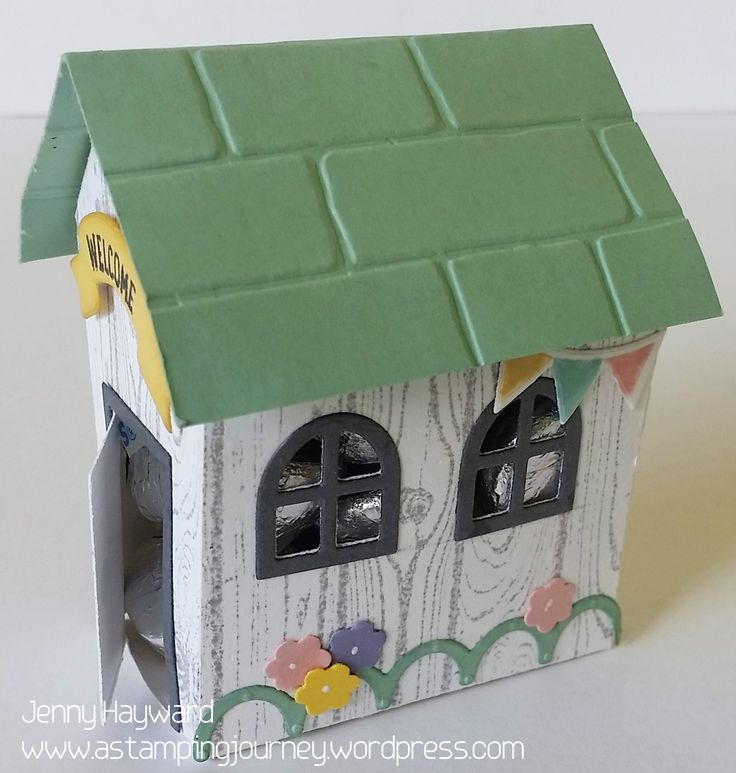 I showed you the little beach house yesterday. I have to show you this house though. When I started making these houses I thought they were cute but it would be good to be a little bigger. So the h…