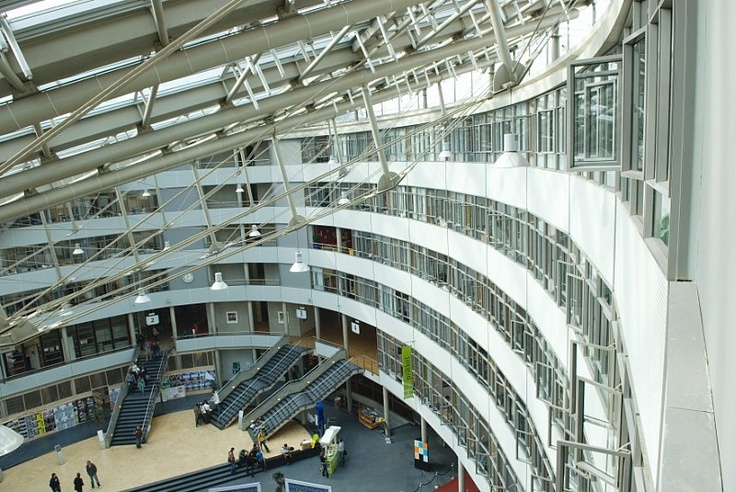 The Hague University of Applied Sciences oval Building