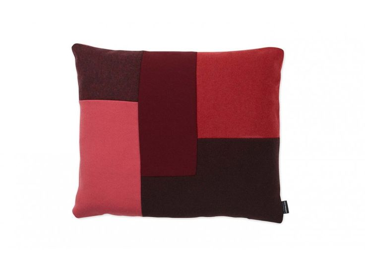 Poduszka Brick czerwona — Poduszki Normann Copenhagen — sfmeble.pl