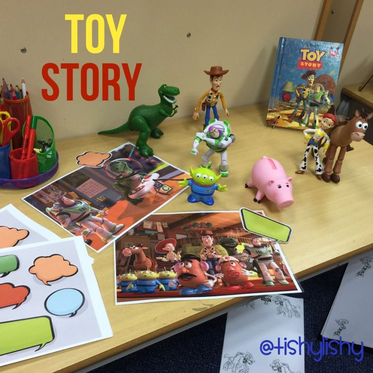 Toy Story - writing invitation. Bordered pages and speech bubbles.