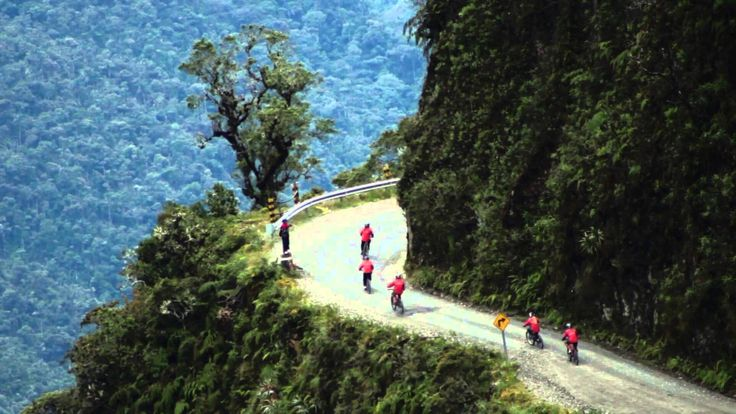 AMAZING VIDEO ABOUT DEATH ROAD BOLIVIA - FREAK OUT BIKING