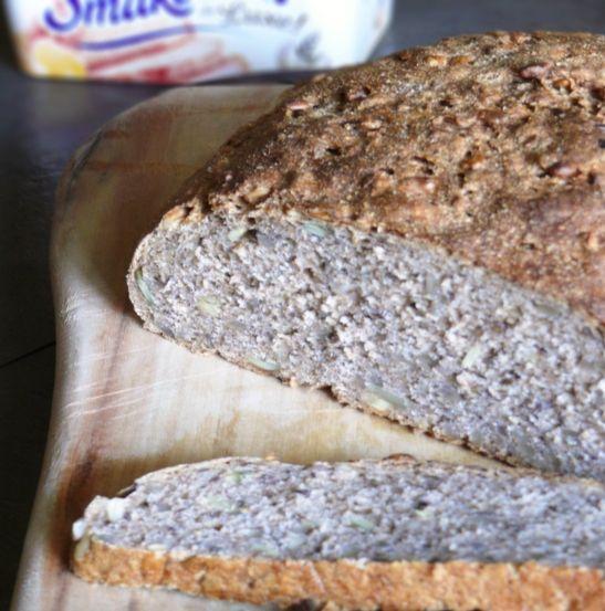 Chleb pełnoziarnisty z dużą ilością ziarna |Smakowity Chleb