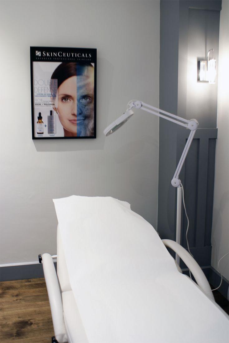 Clinique SKINS Montréal / Salle de traitement IPL et photofacial. Pour une consultation gratuite, contactez-nous via www.skinsmontreal.com