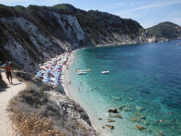 #Italy #travel #tuscany  #beach #elba La biodola - Isola d'Elba - Toscana