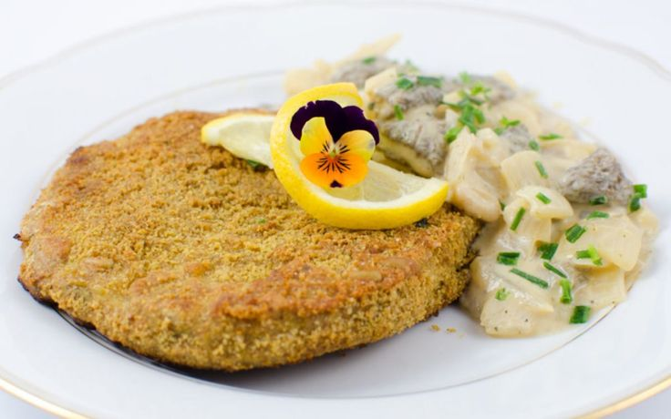<p>This celeriac schnitzel is tender, but firm, and wonderfully crispy on the outside.</p>