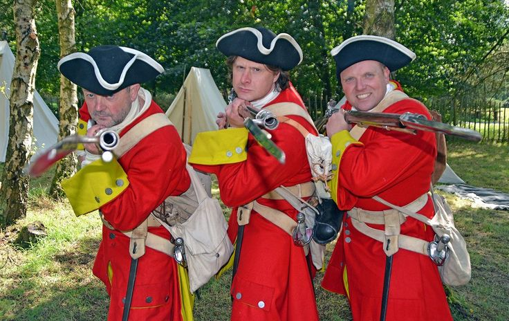 The Queens regiment - Cannock chase military history weekend