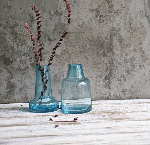 It's all about the shape and colour with these beautiful new vases in our range. 💙💙💙