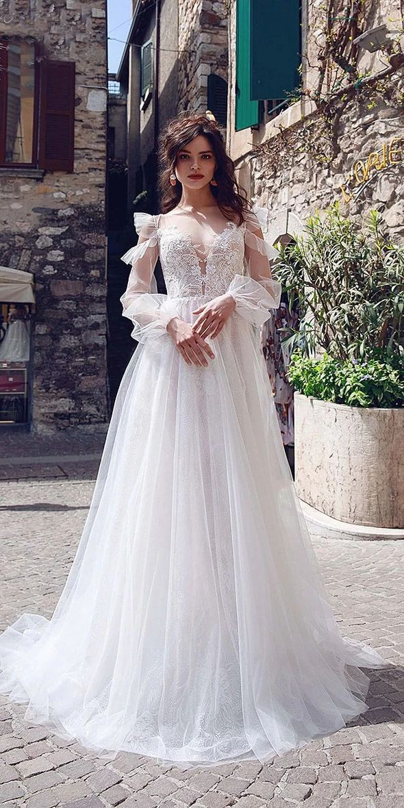 Fashion And Beautiful Wedding Dress Stores Near Me For