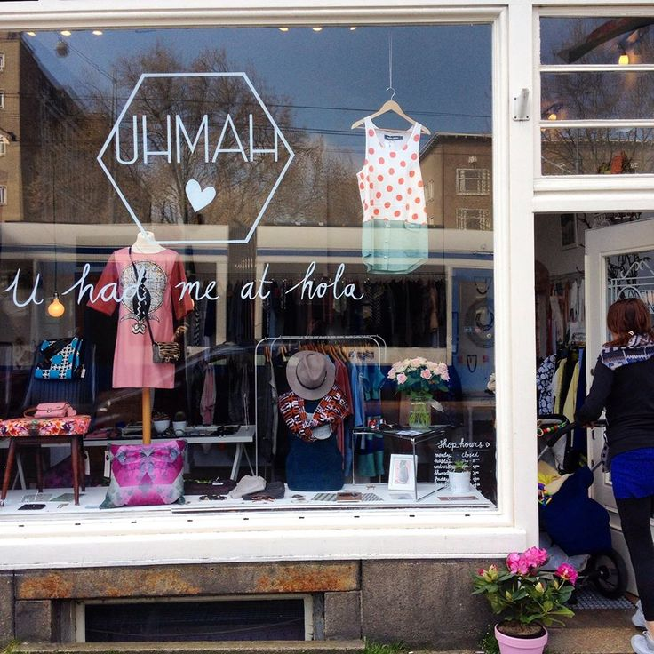 Discover the new colorful items we have for you at #uhmah #shoppingwindow #cutestore #cuteshop #femkeagema #ireneheldens www.uhmah.com