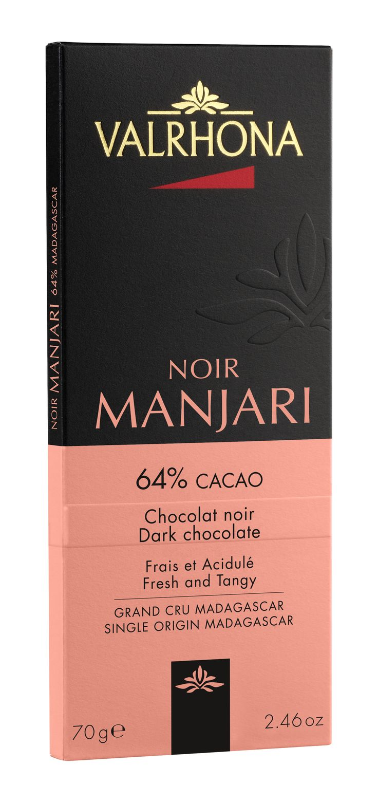 MANJARI 64% Frais et Acidulé Manjari libère des notes acidulées de fruits rouges et de fruits secs. Pur Madagascar. MANJARI 64% Fresh and Tangy Manjari liberates acidulous notes of red and dried fruits. Pure Madagascar.