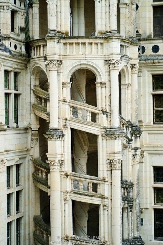 chateau chambord.: Of Chambord, 16Th Century, Spirals Stairca, Staircase, Double Helix, Loire Valley, Castle, Doublehelix, Helix Stairca