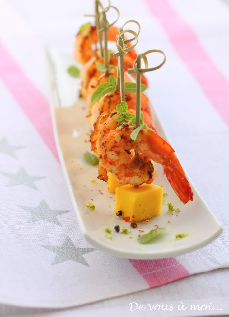 Tapas de crevettes épicées à la mangue