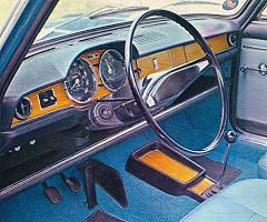 Fiat 125 cockpit