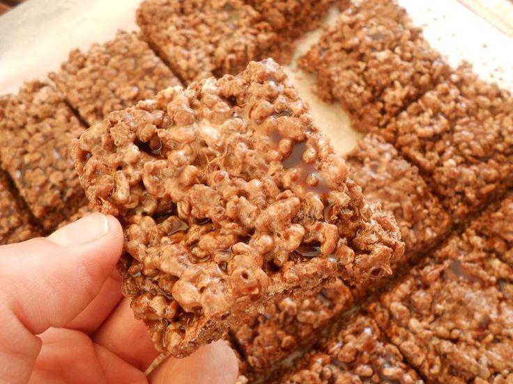 Μπάρες με μερέντα και παιδικά δημητριακά - http://www.zannetcooks.com/recipe/mparesmemerentakaidimitriaka/