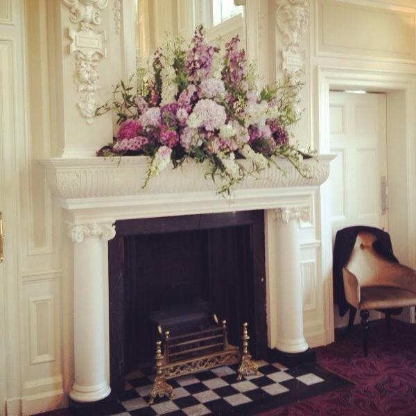 Mantel Arrangements: 17 Best Images About Mantelpiece Flowers On Pinterest