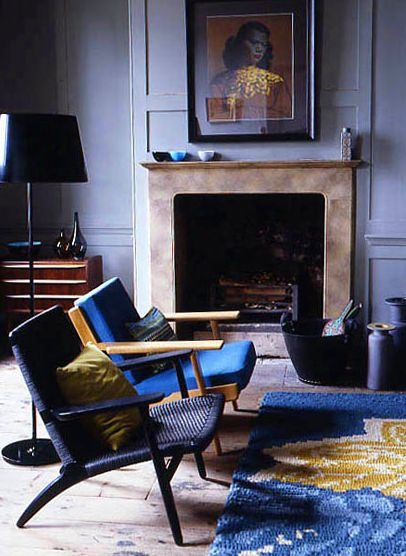 A moody blue hue (or two)...: Colour, Interior Design, Living Rooms, Blue, Livingroom, Wall Color, Interiors, Mid Century, Fireplace