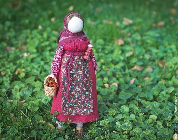 """Купить Народная кукла """"Рябинка"""" - бордовый, народная кукла, тряпичная кукла, кукла, Рябинка"""