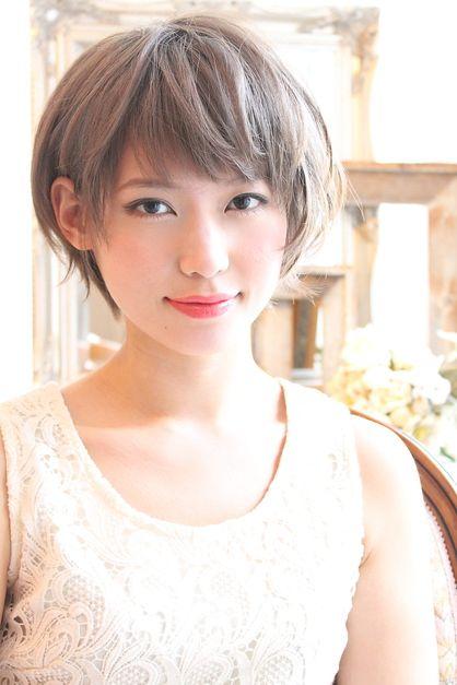 グレージュショート | 平井・新小岩・小岩の美容室 Beronicaのヘアスタイル | Rasysa(らしさ)