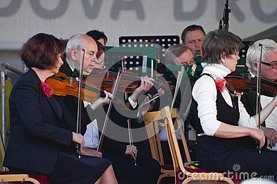 The festive spring concert of the Frýdek-Místek Symphony Orchestra to celebrate the 750th anniversary of the foundation of the town of Frýdek-Místek, which will take place unconditionally in the open air on Svoboda Square in Místek on Monday, 1 May 5.