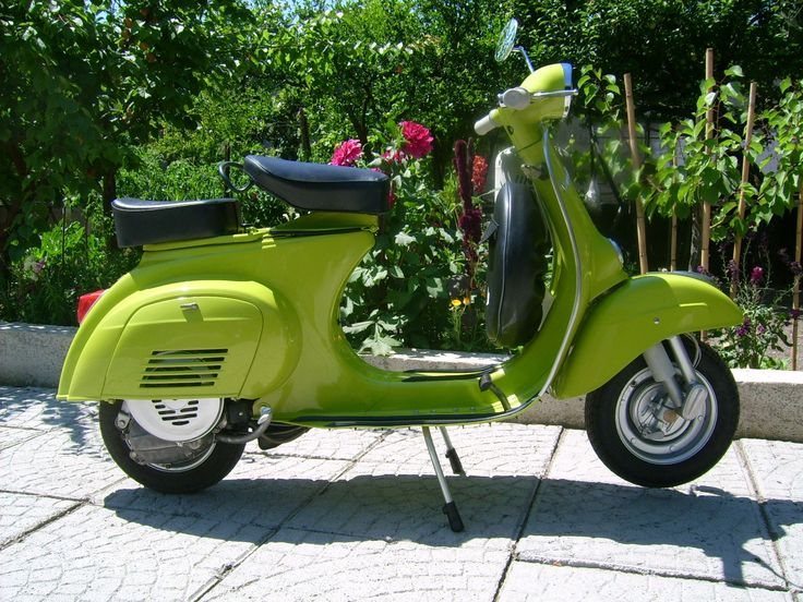 77 best scooters images on pinterest vespa scooters vespas and motor scooters. Black Bedroom Furniture Sets. Home Design Ideas