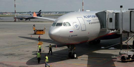 24.06.13 / A Moscou, Edward Snowden brouille les pistes / De Moscou, Edward Snowden devrait prendre le vol SU150 d'Aeroflot en direction de Cuba, indique l'agence Interfax reprise par la chaîne Russia Today.