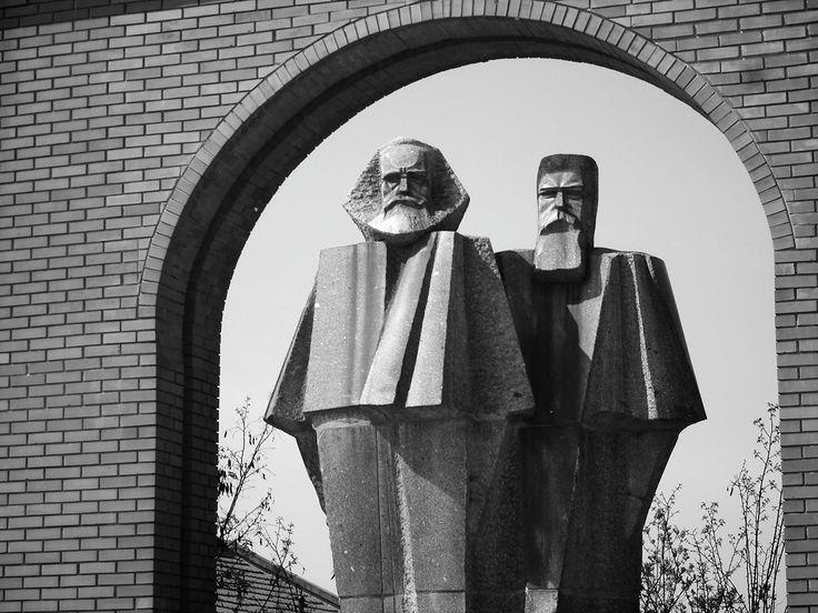 BUDAPEST. Marx, Engels. 1971.