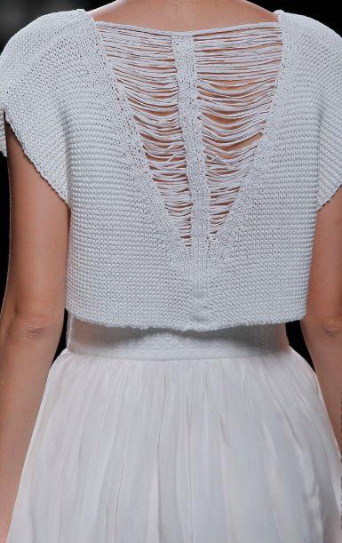 (via SITA MURT- Backs Of The Beautiful S/S 14 Trend Report | DecorialabDecorialab) #white #knitwear