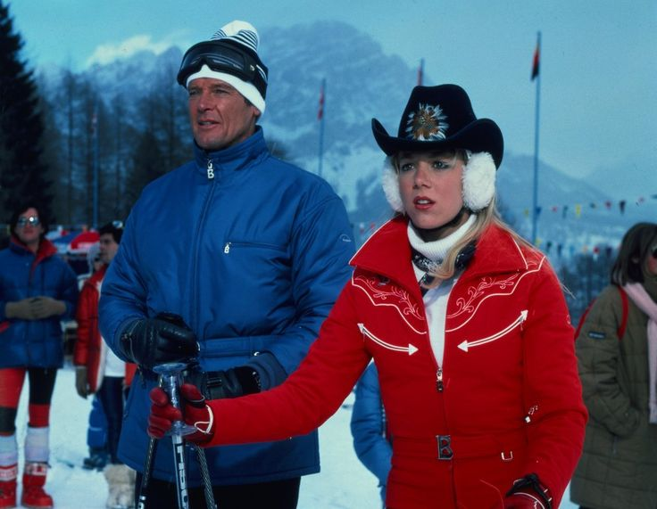 A Bond film can usually be relied upon for some ski-slope chic, though in For Your Eyes Only (1981) Bond himself (Roger Moore) is thoroughly upstaged by ice-skating prodigy Bibi Dahl (Lynn-Holly Johnson), who looks ready for a winter rodeo in her western-styled coat, cowboy hat and fluffy ear muffs.