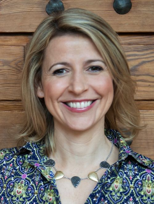 traveltips.wpengine.com interviewed Samantha Brown, Travel Channel Host and Luggage Designer, on what people should be paying attention to when selecting a bag. The first thing you should do when selecting the perfect bag, is count the number of wheels. If the bag has two wheels, put it down and keep…