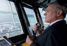 Ole Miss Alumni Review: Secretary of the Navy Ray Mabus 'At The Helm'