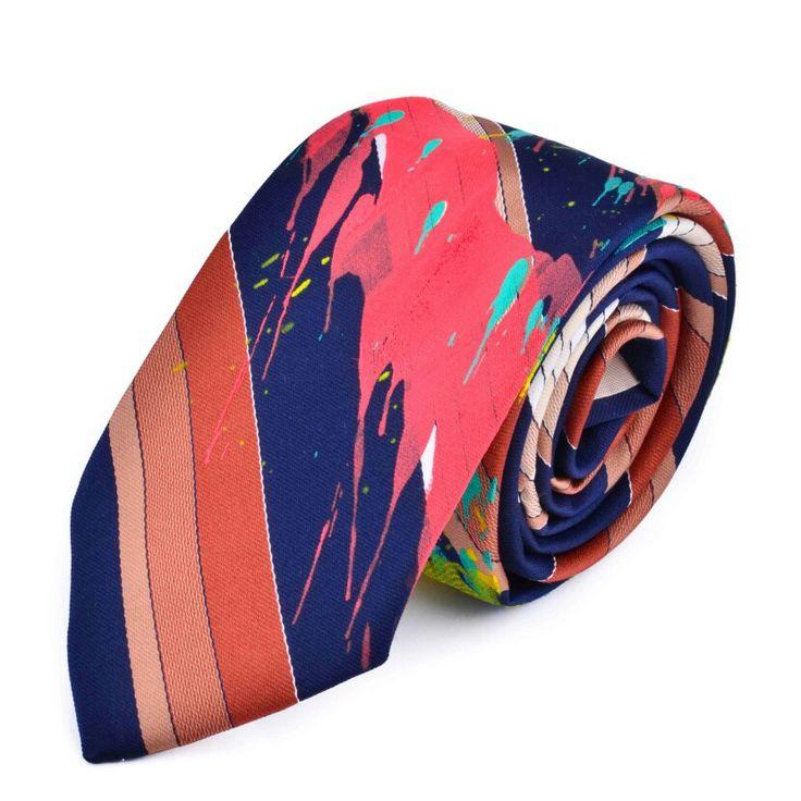 Dale a tu closet un giro divertido para Halloween con estas corbatas únicas e iddeales que te harán sobresalir entre la multitud ¡Encuéntralas en nuestra tienda online!    http://www.iddeashop.com/es/categoria-producto/para-el/accesorios-hombre/