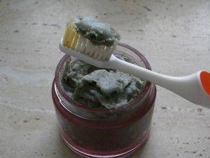 domaci zubni pasta
