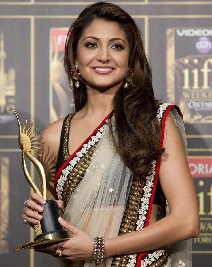 Bollywood actress Anushaka Sharma in Amrapali Jewellery.