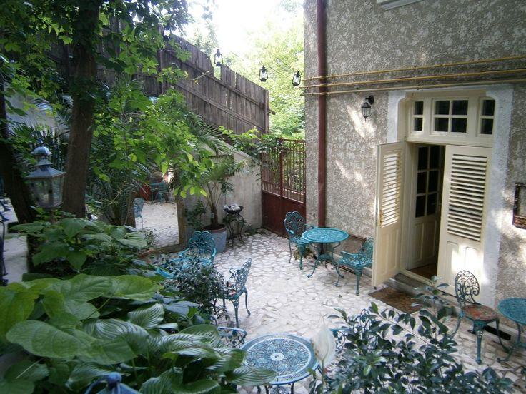 BUCHAREST - Infinitea (tea house)