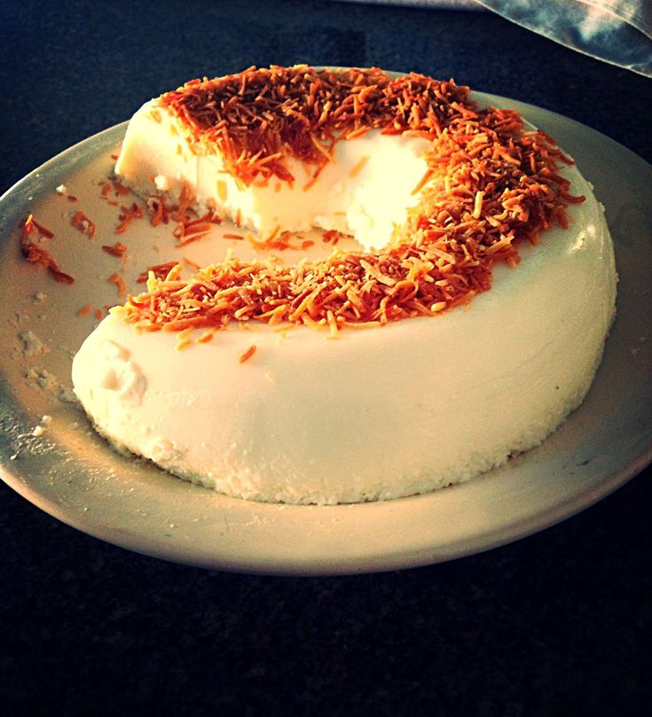 Aprenda a preparar a receita de Pudim de coco