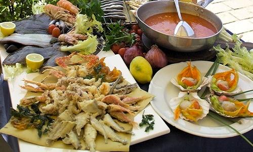 Fritto misto di pesce dell'Adriatico, Emilia-Romagna, Italy