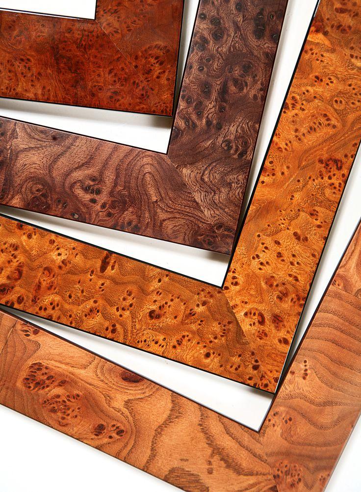 Tradiční rámy s vysoce kvalitní #dýhou z drahých dřev jsou jako dělané pro Vaše mapy, grafiky a staré fotografie