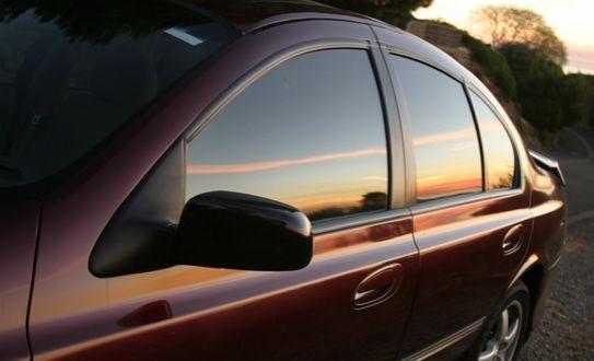 ¡Ponele polarizado de seguridad a tu carro! Por sólo ¢45,000 olvidate de los ladrones e incrementa la seguridad de tu vehículo en Full Auto. Incluye 4 ventanas laterales. Hecho con una película aguanta 3600 libras por cm2, posee filtro solar y es anti rayones.