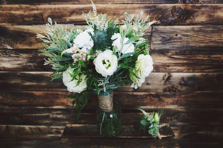 Bukiet w stylu #cold #white #bouquet #flowers #wedding #florist