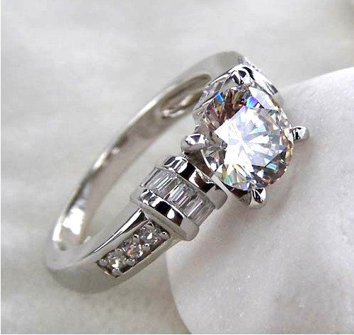 1 25 Carats Luxury Round Cut Man Made Lab Created Simulated Lab Grown Engagem