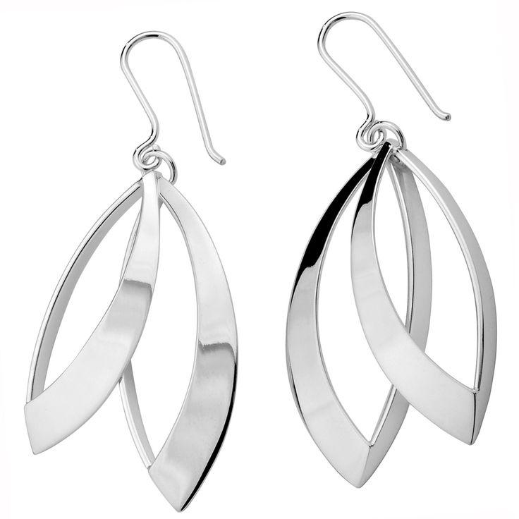 Aarikka - Silver jewelry : Tuuli earrings. Designer: Kaija Aarikka (2014)
