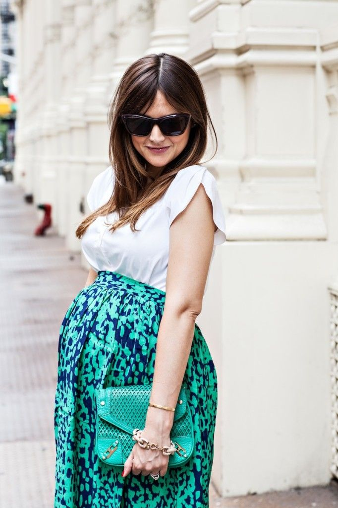 over belly (non-maternity) skirt with a white blouse. Pregnancy style from House of Harper.