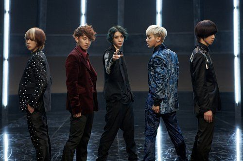MYNAME is the top K-Pop act selected by experts in this week's 'KPOPULOUS'!
