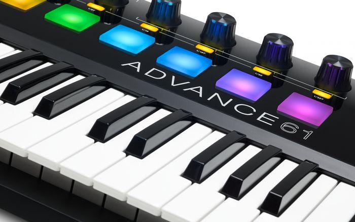 MIDI Controller Keyboard: Akai - Advance 61